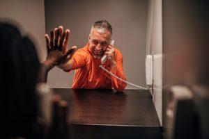 Cómo visitar a un preso en Estados Unidos