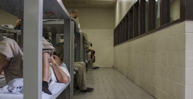 Requisitos para visitas en cárceles de Illinois