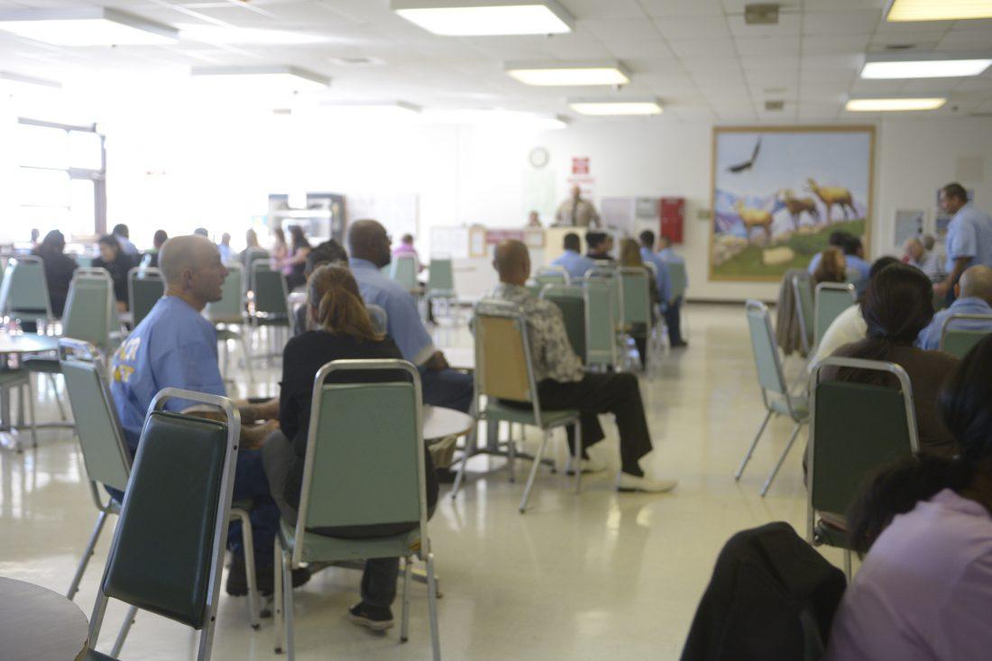 Cómo visitar a un preso en Imperial California